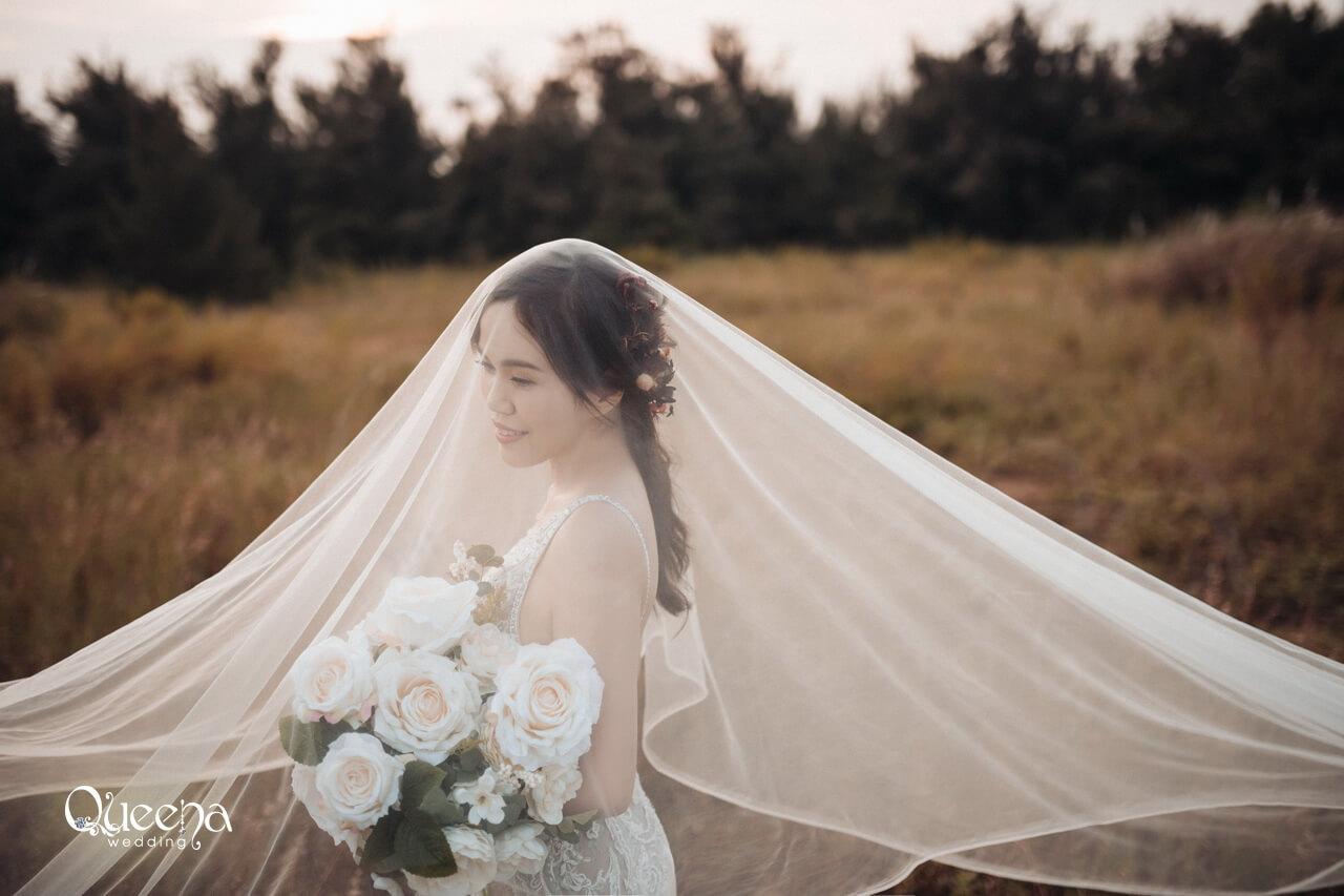 穿上公主婚紗